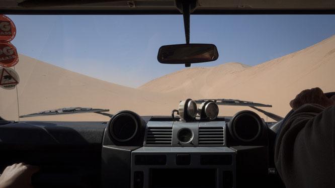 Dünen fahren ist nichts für Anfänger, aber ein unglaublich schönes Gefühl - möchte diese Kunst auch noch Erlernen.