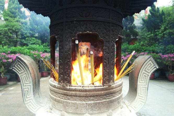 tian tan buddha temple / lantau island