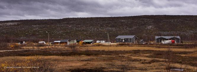 Freilichtmuseum gewidmet dem Leben und der Kultur der Skolt Sámi