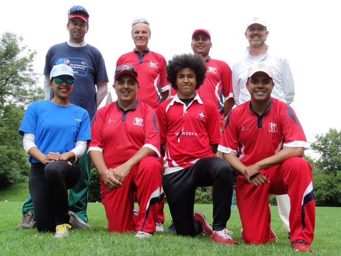 Cricket coaches at the Jvm Cricket Day (18.8.2016)