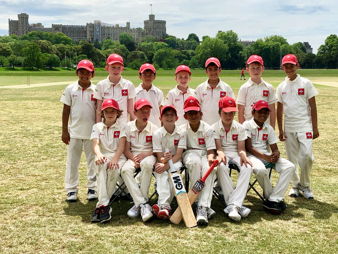 Swiss U11s & Windsor Castle in the background (Surrey Tour 2019)