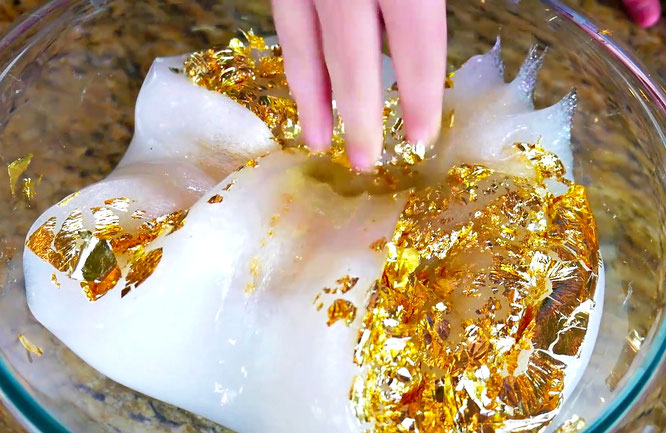 The Wild Adventure Girls, slime, diy, gold foil slime, mixing slime