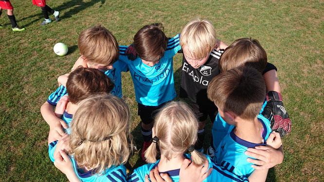 Standen wie ein Team zusammen: die U8/F2-Junioren/-innen des SV Schermbeck
