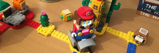 Um den Kaktus-Gegner Stein für Stein zu zerbröseln, setzt man Mario in den Dreh-Wagen und lässt ihn den daran montierten Hammer schwingen. Anschließend scannt man den QR-Code auf einem der Elemente