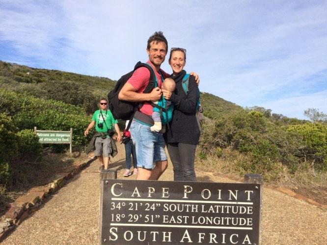 Mit Baby in Elternzeit nach Afrika reisen: Familie verrät die besten Tipps zur Planung, Fliegen mit Baby , Reiseapotheke und mehr.
