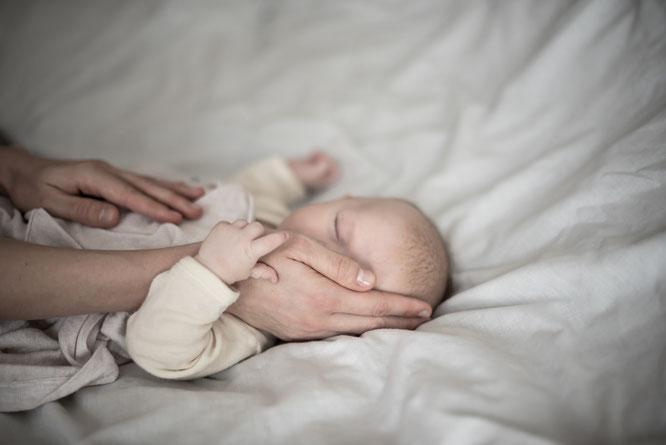 Tipps vom Fotografen für tolle Babyfotos mit dem Smartphone auf Mama-Blog Patschehand.de