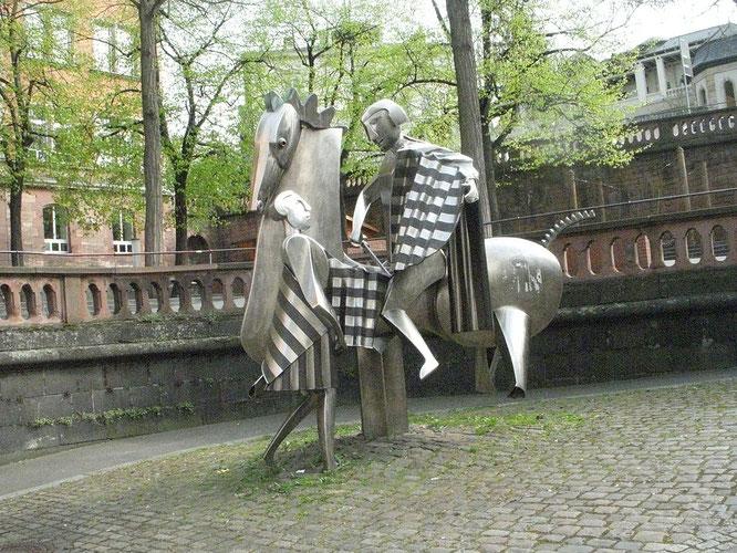 St. Martin, Skulptur in Mainz von Albert Sous, Foto: Wikipedia