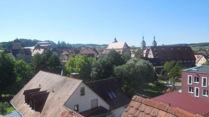"""Blick aus dem Dachfenster des """"alten"""" Seniorenheimes St. Nikolaus"""