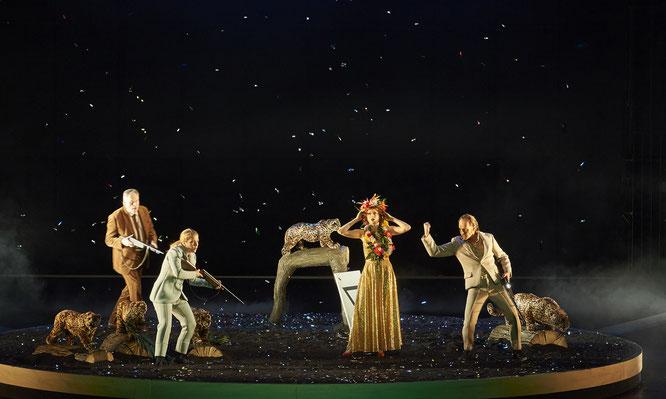 v.l. Martin Blasius, Sandra Borgarts  (Gymnasiast) , Martina Welschenbach, Christian Tschelebiew  (Athlet), Foto: Uwe Stratmann