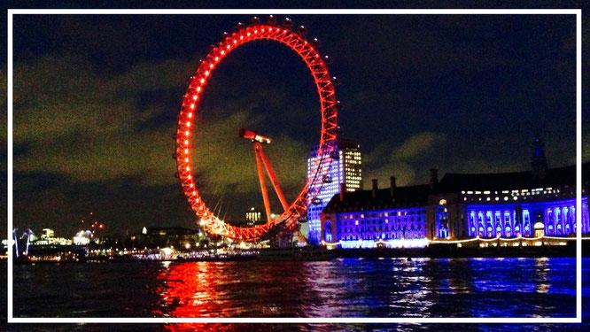 England. London Eye. London. Themse. London Dungeon. London bei Nacht.