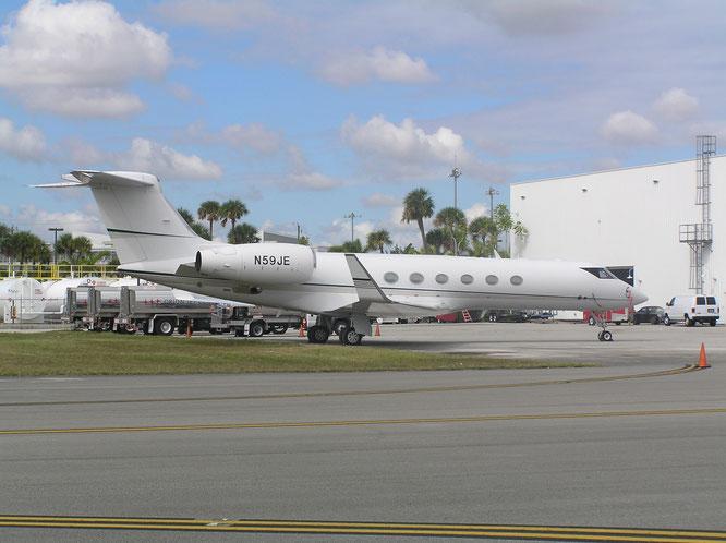 04-11-2016 - N59JE (Gulfstream V, 559) - Opa Locka (FL), USA - (C) R. Verhaegh