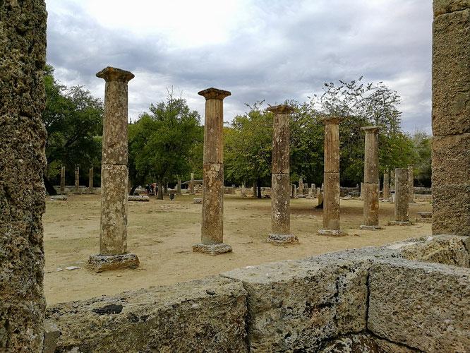 (с) Дамир Байманов. Храм Геры (жены Зевса). Здесь зажигают олимпийский факел.