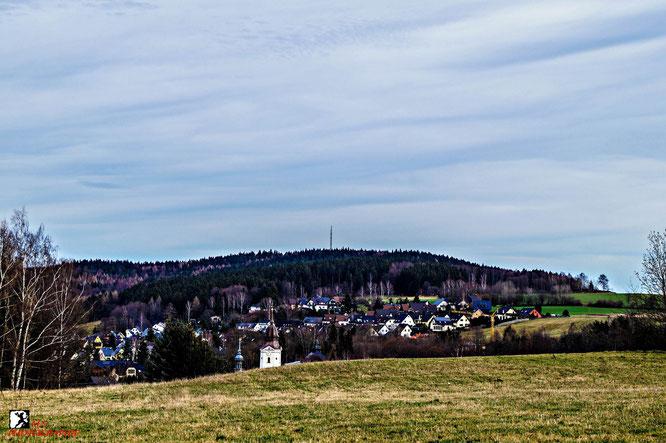 Blick von Blauderer zum Gleesberg