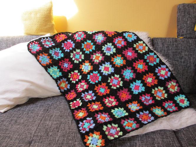 US Sitcom Blanket > Decke Frida - Häkeln macht glücklich // Crochet ...