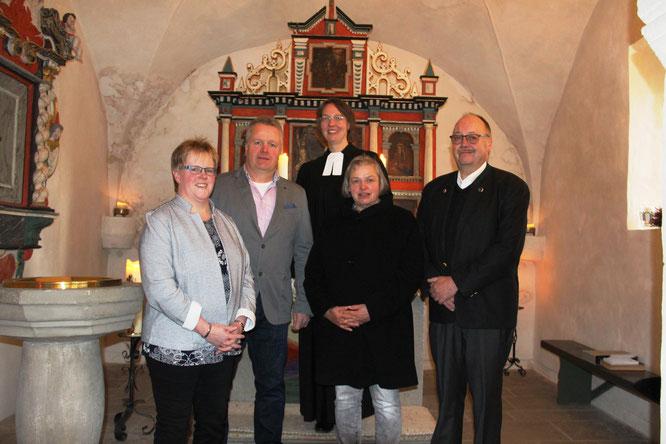 Der Kirchenvorstand Welleringhausen, von links nach rechts: Silke Pohlmann, Martin Marquardt, Pfarrerin Stephanie Stracke, Annegret Gröticke und Friedrich Behlen.