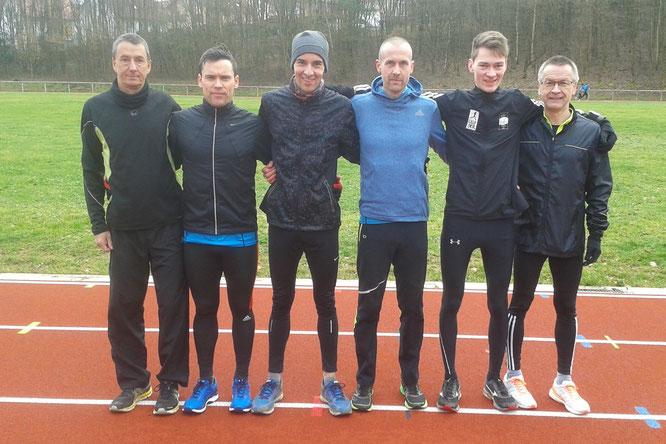 Unsere Läufer über 10.000m in Wetter: Florian Huber, Benjamin Poll, Nicolai Pitzer, Sedric Steffen Haus, Simon Stolz und Jochen Brietzke