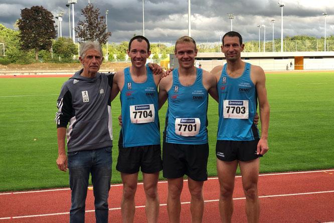 v.l.: Trainer Peter Thum, Tobias Schulz, Samuel Eizenhöfer u. Stefan Thum