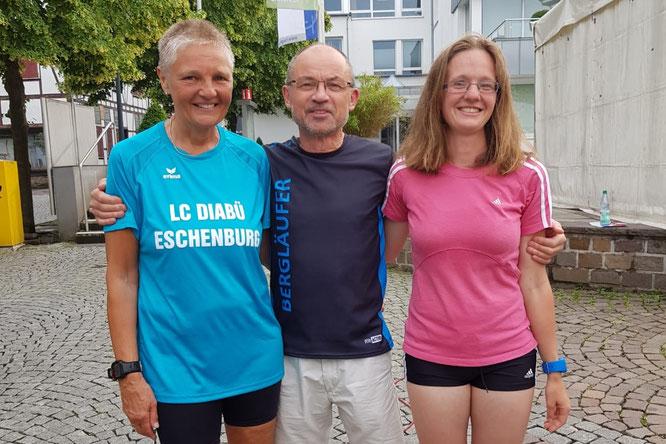 v.l.: Evi Mombour-Neunzerling, Walter Fiedler und Brit Neunzerling.