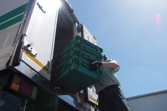 平成通商 トラック 積み込み作業 採用 働き方改革