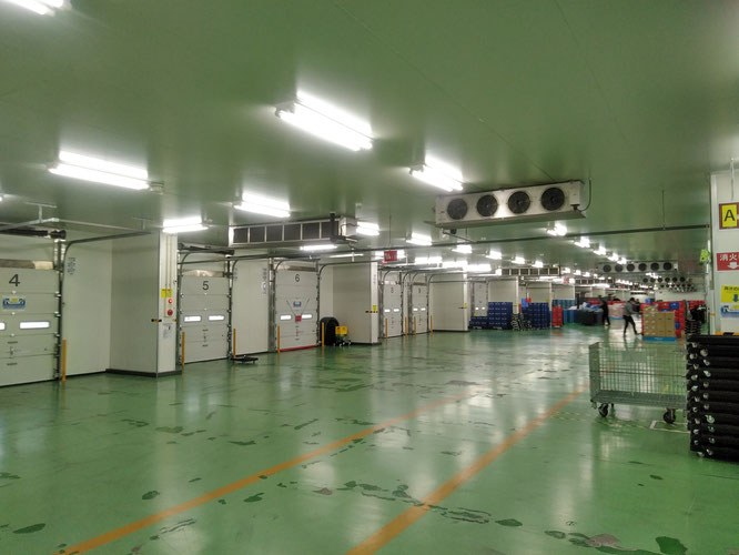 C新横浜センター チルド新横浜 平成通商 庫内の様子