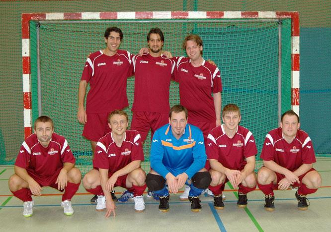 """Das Debüt-Team von """"Futsalicious Essen II"""": (hinten v.l.) Marchand, El Kassimi, Hofmann, (vorne v.l.) Valchev, Humpa, Berger, Henneken, Wehling (Foto: Kristoff Gött)"""