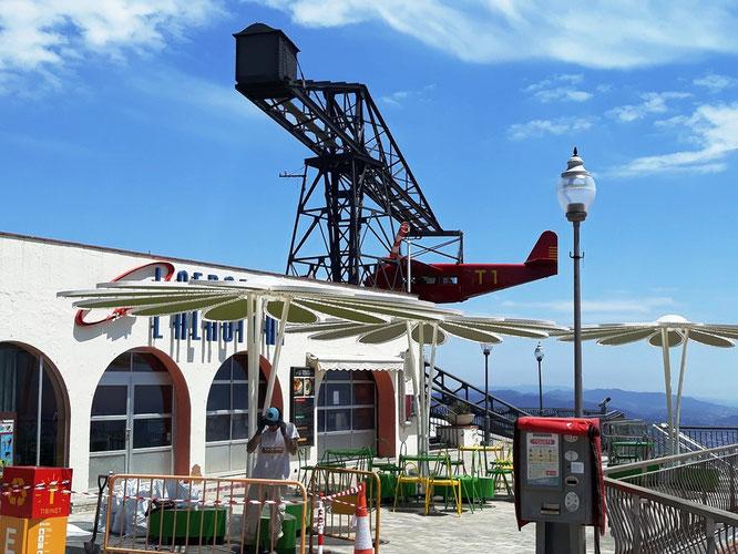 Самолет парка аттракционов Тибидабо