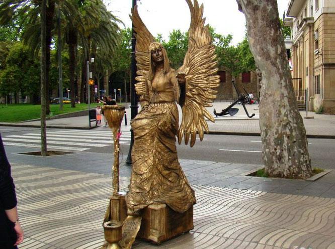 Живые статуи Барселоны