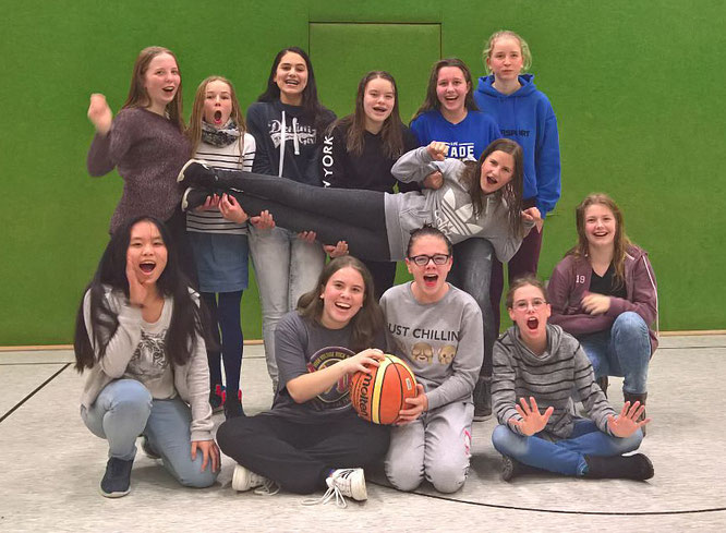 Die U15-Mädchen freuten sich über den 41:20-Auswärtssieg beim Bremer BV Brinkum. (Foto: Fromme)