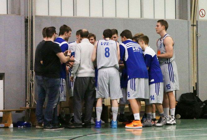 Die U20 schwört sich auf die Norddeutschen Meisterschaften ein. (Foto: Kortzack)