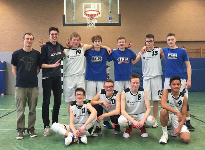 Dank einer grandiosen Vorstellung am letzten Spieltag fahren unsere U16-Jungs als Meister der Landesliga Ost zum Landesturnier.