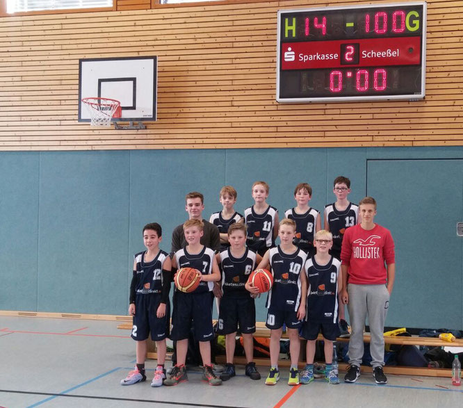 Die zweite Mannschaft unserer U12 erzielte laut umjubelte 100 Punkte gegen Rotenburg/Scheeßel.