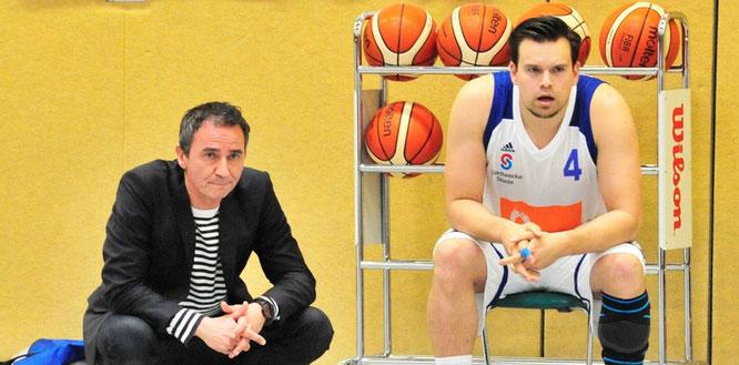Enttäuscht von der Heimspiel-Niederlage: Trainer Paul Larysz und sein Kapitän Tom Lipke. (Foto: Borchers)