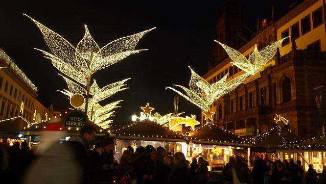 Copyright, AincaArt, Ainca Kira, Foto und Text, Writer, Photographer, Photography, Quersatz, Wiesbaden, Markt, Sternschnuppenmarkt