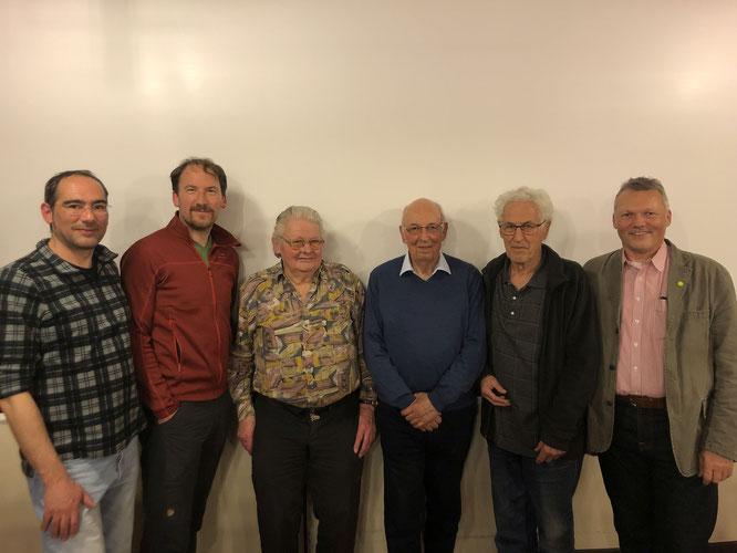 JHV 2019: Ehrung langjähriger Mitglieder (v.l.n.r.): Jens Papencordt (OV-Vors.), Jürgen Lorenz (25 Jahre), Erich Schuler (60 Jahre), Bruno Köbele (60 Jahre), Wilfried Nagel (50 Jahre), Walter Krögner (Stadtrat); nicht im Bild: Rolf Robischon (50 Jahre)