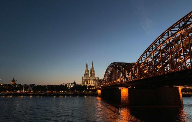 Fitnessstudio 24 Stunden geöffnet Köln