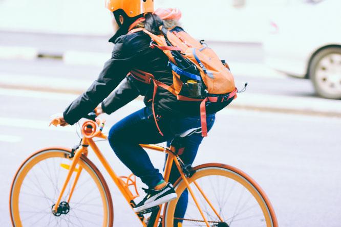 Keine Zeit für Sport? Im Alltag hilft das Fahrrad, Bewegung zu bekommen.