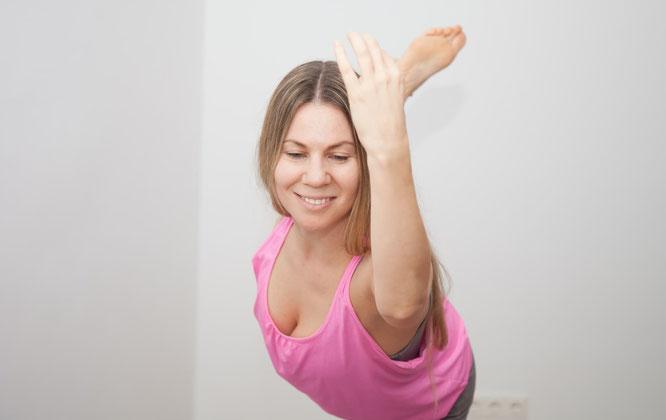 Katharina Rainer-Trawöger beim Yoga