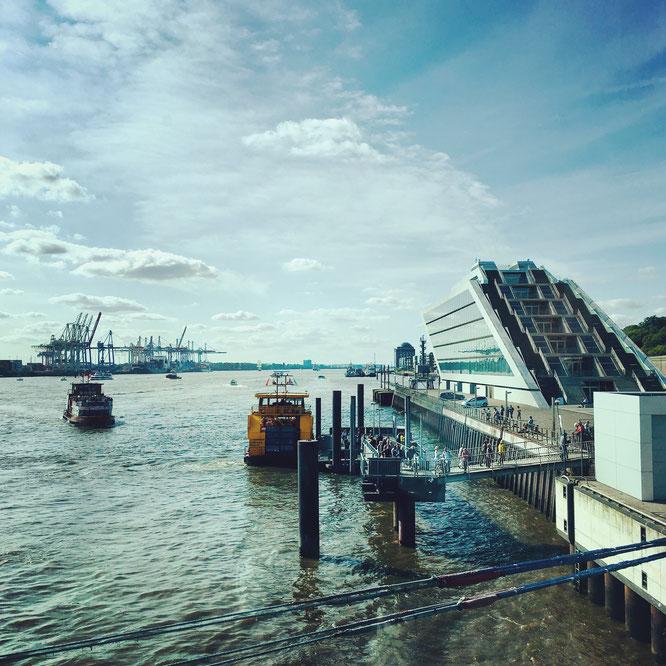 Hamburger Hafen, Elbe, Dockland