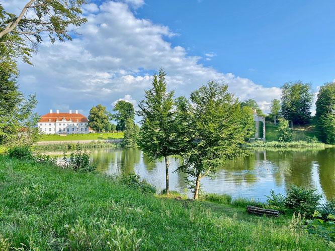 Schloss Meseberg, See, Ruppiner Seenland, Brandenburg