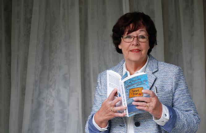 Die Autorin Rita Wennmacher