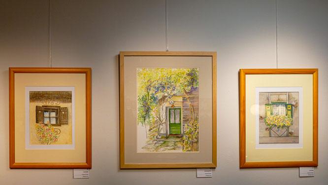 """Nr. 35-37 / ELFRIEDE HORNY / (von links nach rechts) """"Nostalgie"""", 40x50cm, 200,-€ / """"Zaubergarten"""" 50x60cm, 350,-€ / """"heimelig"""", 40x50cm, 200,-€ / alle Bilder in Aquarell auf Papier"""
