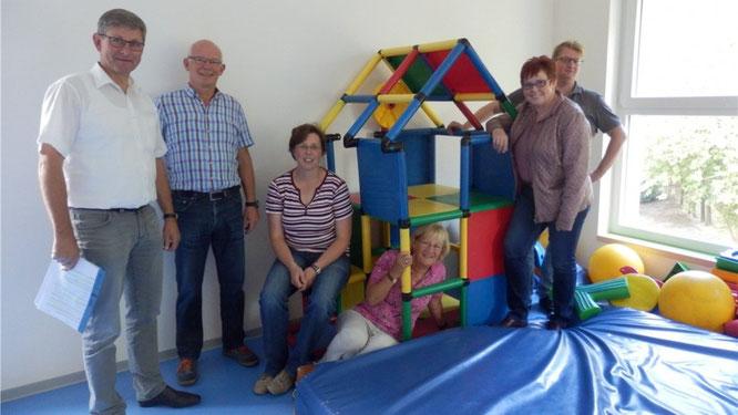 Von der Erweiterung und Ausstattung der Kita St. Marien in Twist-Bült hat sich eine Delegation der CDU-Gemeinderatsfraktion Twist ein Bild gemacht. Foto: CDU Twist