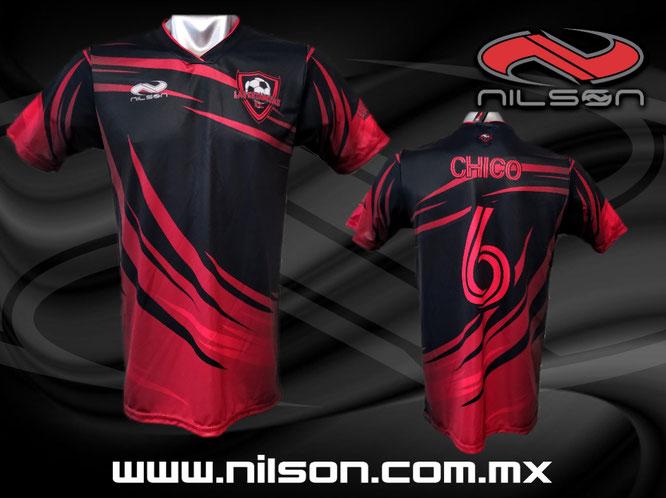 Modelo Fenix negro rojo futbol soccer Nilson Ropa Deportiva