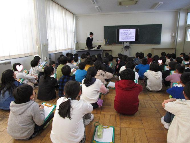 当日の授業の様子。みんな、素直な子どもたちでした
