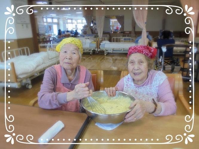 この歳になってケーキ職人になれるとは、想像もしていませんでした。はにかむ姿が初々しい、ゆりかごのパティシエさん
