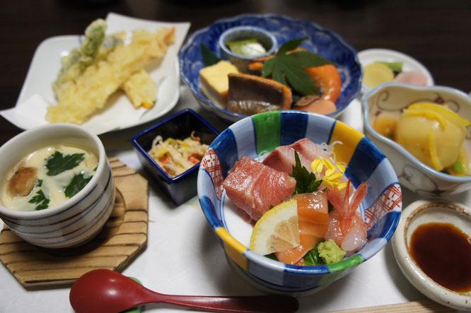 続いて「松風園」さんでの昼食。一口ひとくち、自然の恵みをありがたく頂戴しました