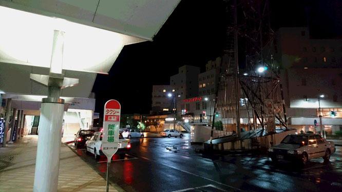 今日の夕刻の直江津駅。気分転換に周辺を散策しました