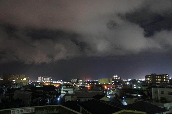 冬の名残を感じさせる今日の直江津のまち。この景色とも間もなくサヨナラです
