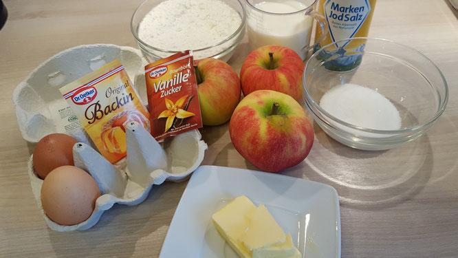 Die Zutaten für Apfel-Pfannkuchen