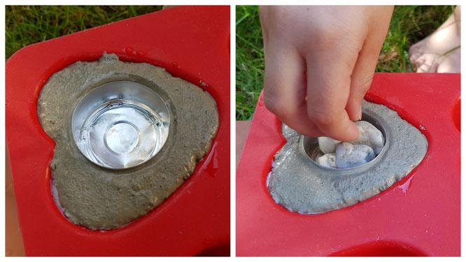 Drückt das Teelicht in den Beton und beschwert es mit kleinen Steinchen